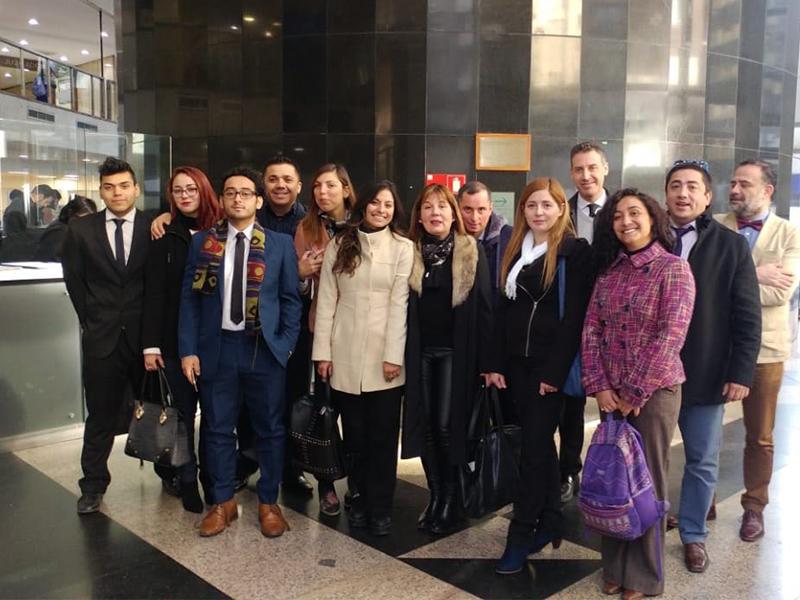 Estudiantes de primer año de la carrera de derecho realizan visitas a: Juzgado Civil de Santiago, Colegio de Abogados y Museo de Arte contemporaneo.