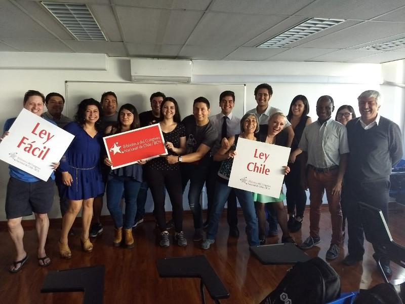 Estudiantes de Derecho participan en Taller  sobre LeyChile.