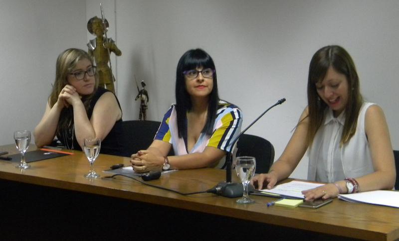 """Seminario """"Relevancia de la investigación educativa en la formación del profesorado y en los desafíos futuros del Chile que soñamos""""."""